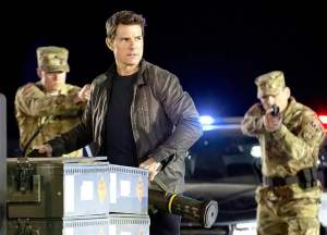 film-review-jack-reacher-never-go-back-2
